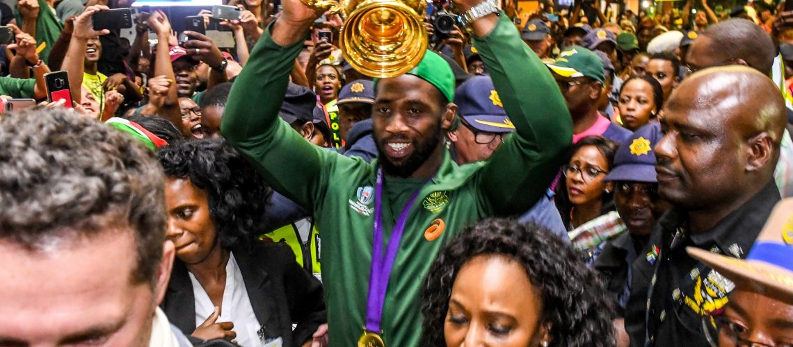 JOHANNESBURG, SOUTH AFRICA - NOVEMBER 05:  Siya Kolisi (captain) of the Springboks during the South African national rugby team arrival media conference at OR Tambo International Airport on November 05, 2019 in Johannesburg, South Africa. (Photo by Sydney Seshibedi/Gallo Images/Getty Images)
